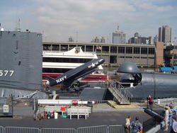 610-uss_intrepid_museum_01186.jpg