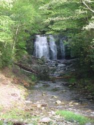650-waterfall_376.jpg