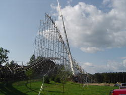 800-wooden_rollercoaster_00940.jpg