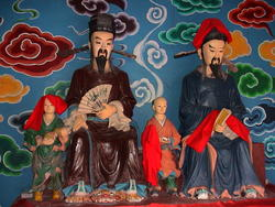 1914-China_Yangtze_Fengdu_figurines_02.jpg