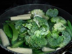 2079   broccoli julienne