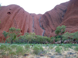 2903-uluru rock walls