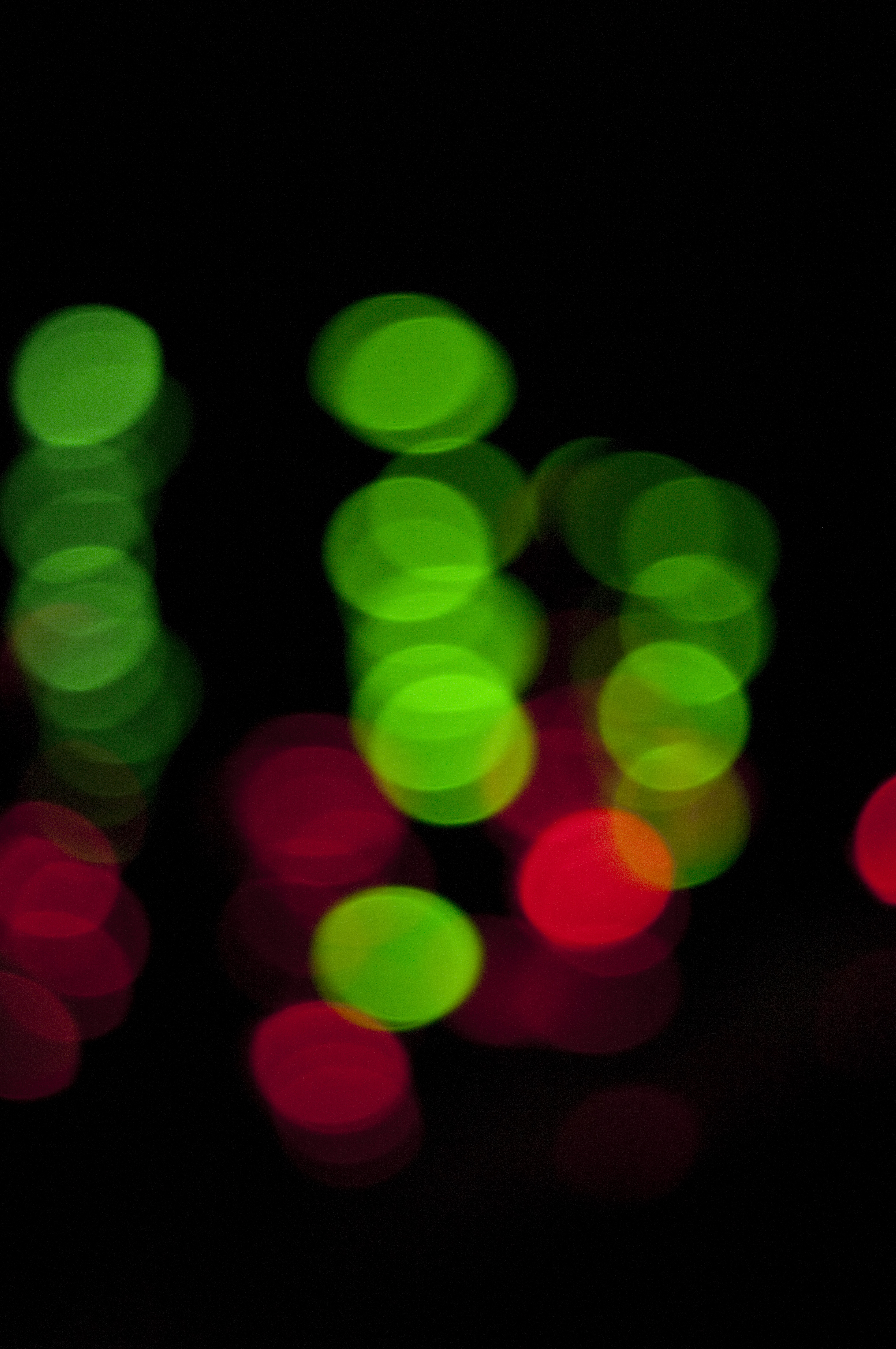 Free Stock Photo 2303-green and red lights | freeimageslive