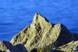3725-Ocean Rock