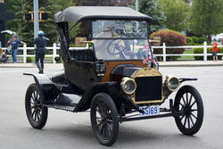 4179-Antique Car 5