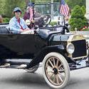 4183-Antique Car 1