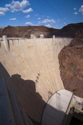 3013-dam_wall.jpg