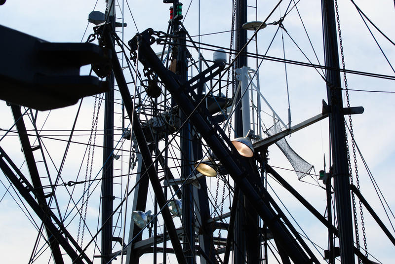 <p>Fishing Vessel Rigging</p>The top of a fishing vessel's rigging