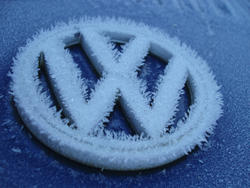 3465-frosty car badge
