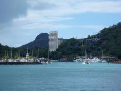 4102-hamilton island marina
