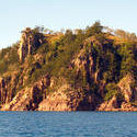 3420-hayman cliffs