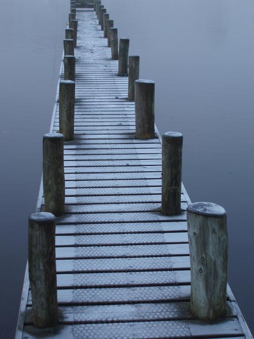 3489-wooden jetty
