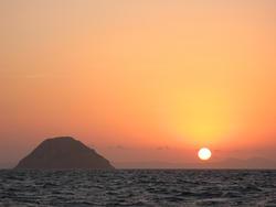 3304-sunset over the ocean