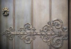 4573   metal door