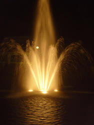 4766   night fountains