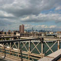 6644   View of the steel frame of Brooklyn bridge