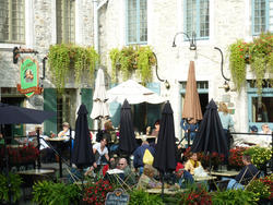 6696   Outdoor cafe society