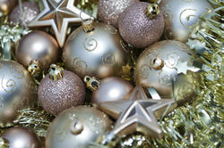 6807   Gold Christmas decorations