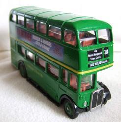 6567   green bus