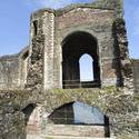 7569   Newport castle ruins