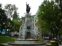 6753   Place D'Armes Fountain