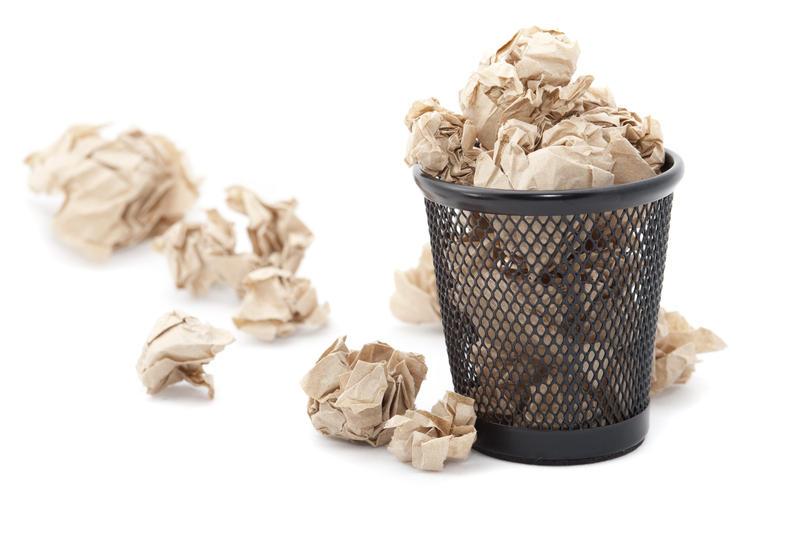 5397   Discarding paper rubbish
