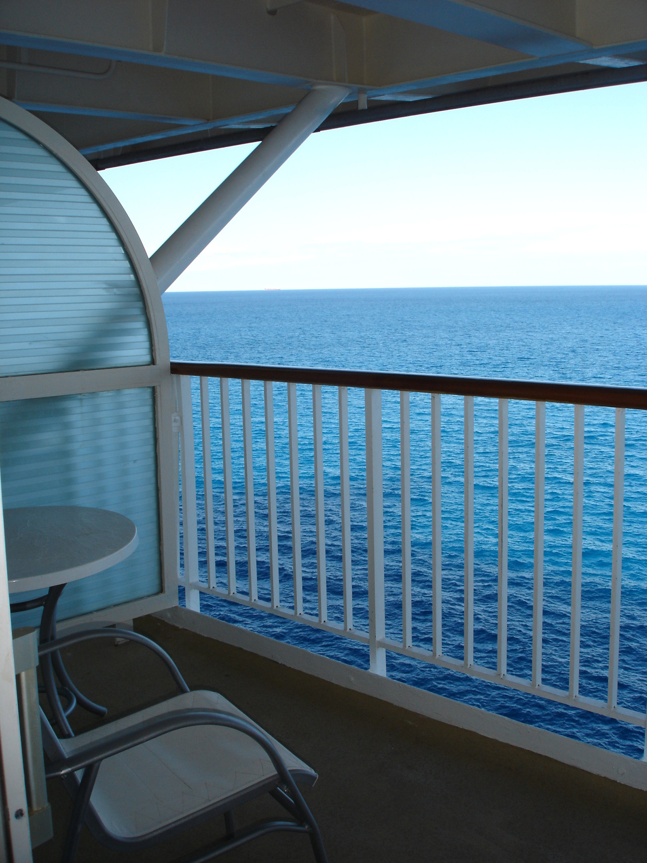 Free stock photo 6519 view from a ships balcony for Cruise ship balcony room
