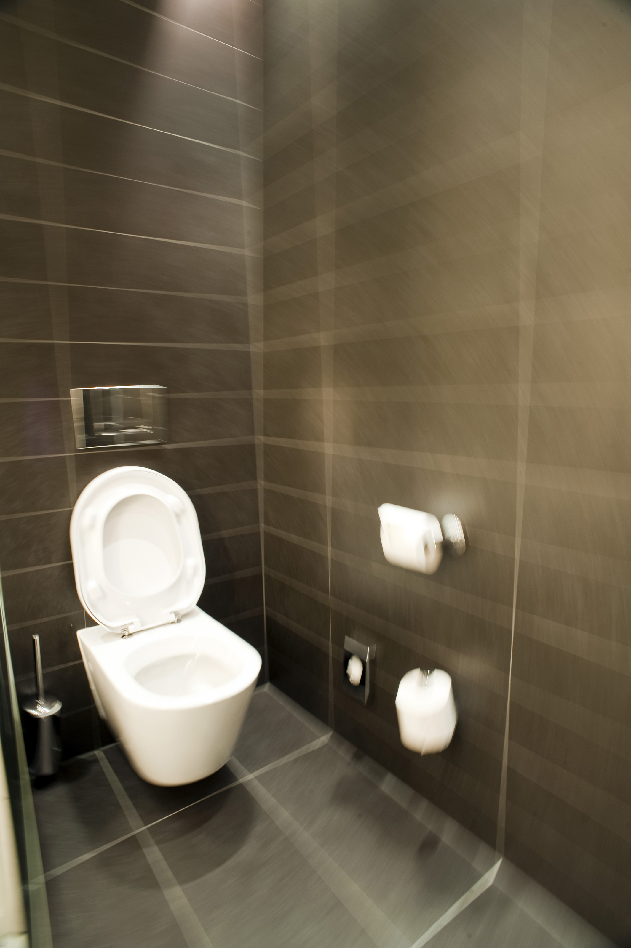 Free stock photo 6889 interior of a modern water closet for Deco wc noir