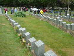 6748   Titanic graves in Fairview Lawn Cemetery