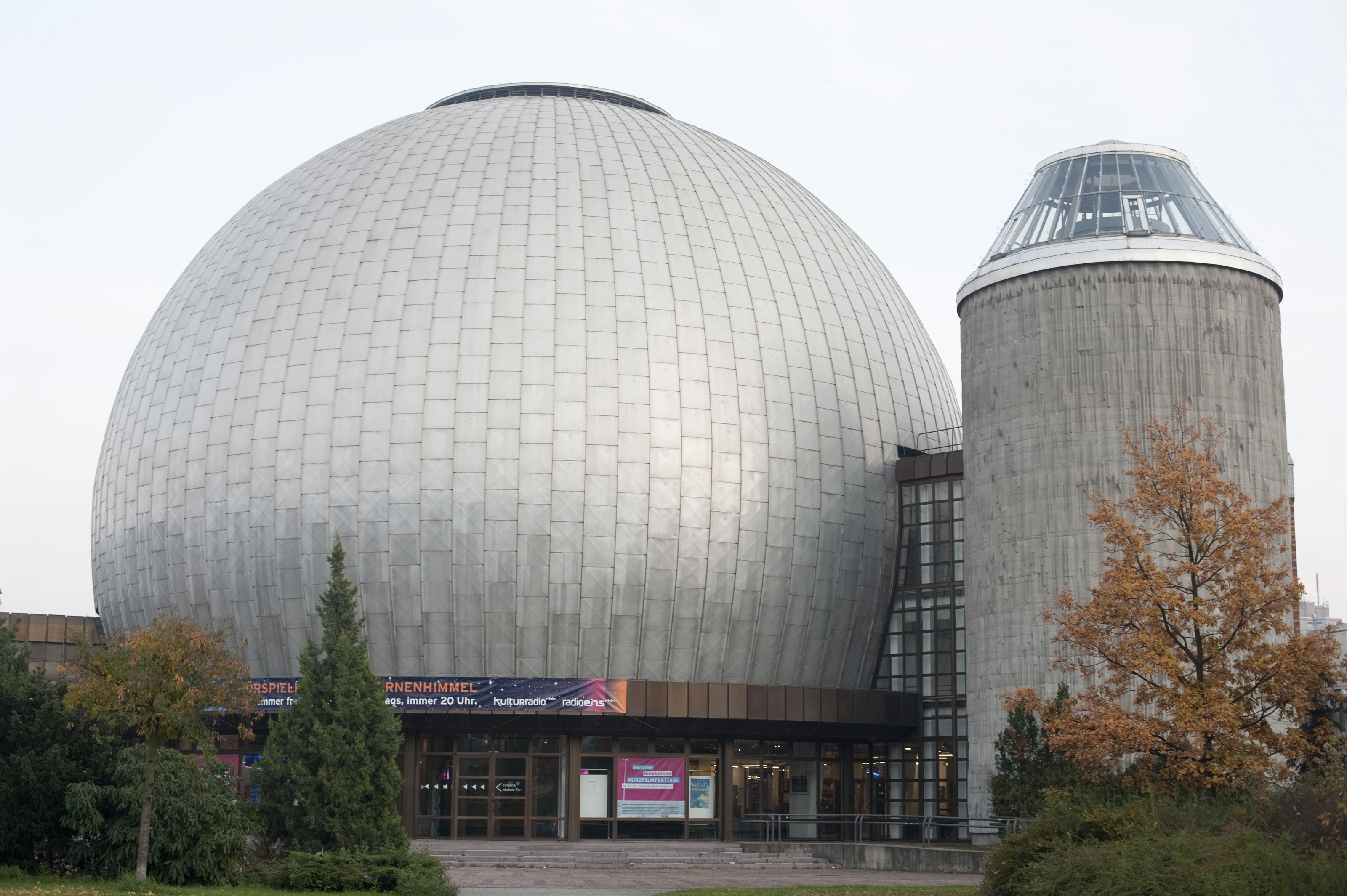 Free Stock Photo 7099 Zeiss Planetarium, Berlin