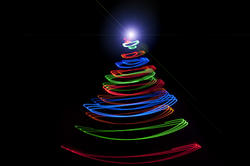 8637   Abstract festive Christmas tree with star