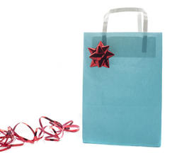 8650   Blue paper bag decorated with a shiny red ribbon