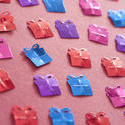 11447   Colored Gift Shaped Confetti