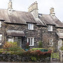 8761   Picturesque stone cottage at Skeklwith Bridge