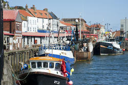 8011   Fishing fleet in Whitby harbour