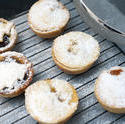 8499   Home baked traditional fruity Christmas mince pies