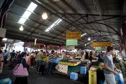 10599   Random Buyers at Public Fruit and Vegetable Market
