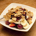 10260   Healthy breakfast cereal with fruit and yoghurt