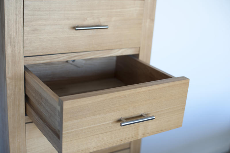 10640   Close up Open Empty Wooden Drawer Furniture