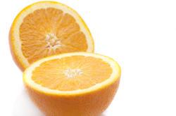 8425   Halved orange