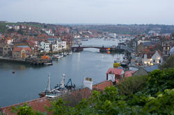7938   Swing bridge in Whitby harbour