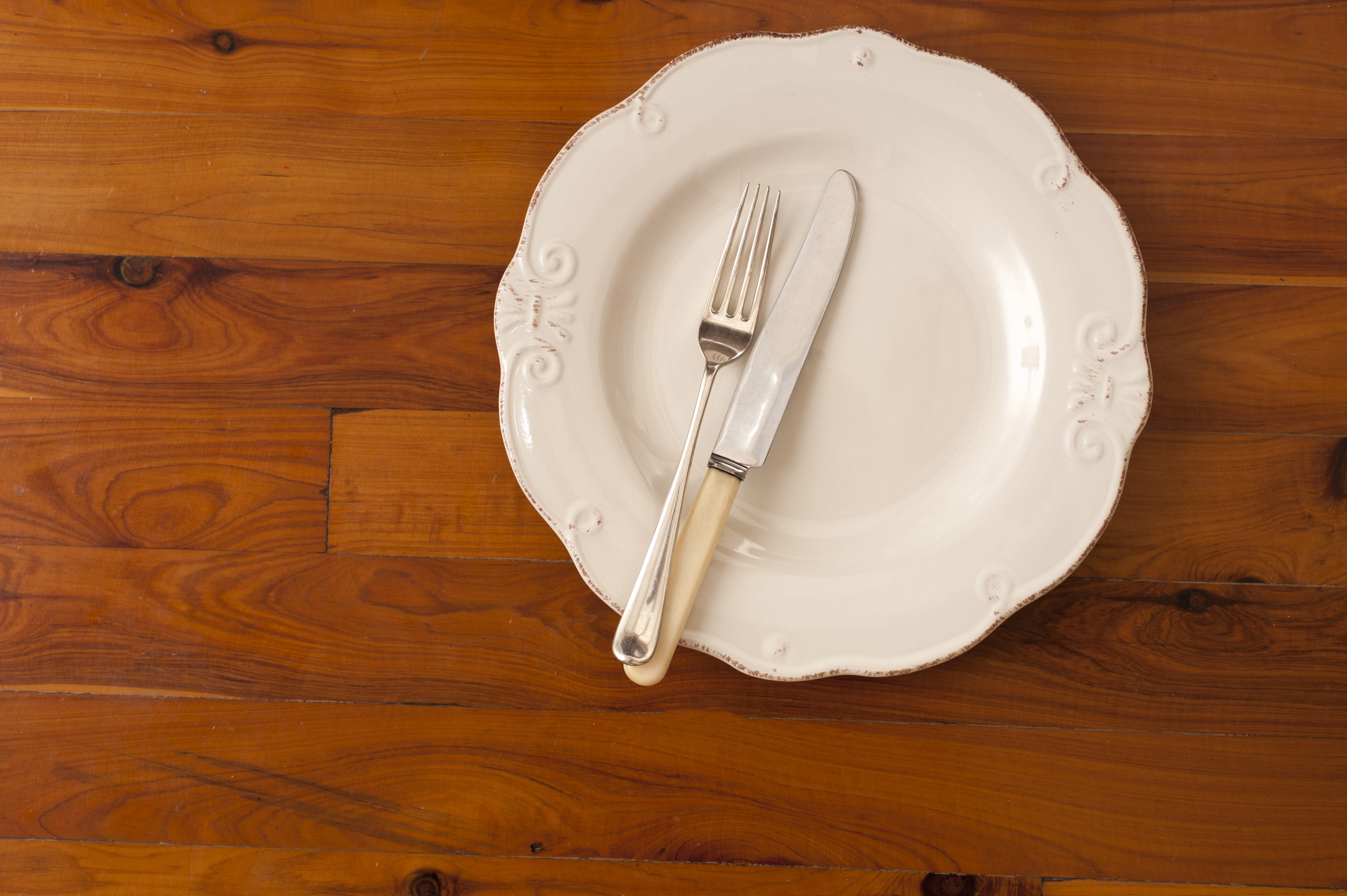 Free Stock Photo 8846 Dinner Plate With Cutlery