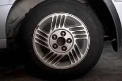 11140   Car wheel with alloy sports rim