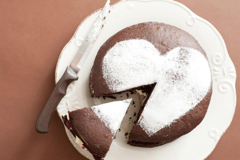 10579   Sliced Chocolate Cake with Heart Shape on Top