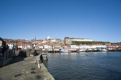 7855   Whitby fishing port