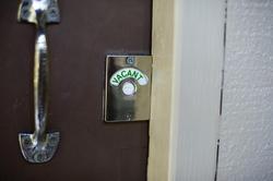 10772   Vacant Sign   Toilet Door