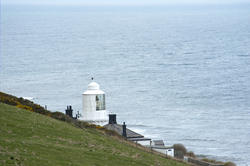 7917   Whitby South Lighthouse