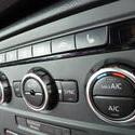 16347   Close up on automobile air flow controls