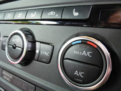 16348   climate controls in car