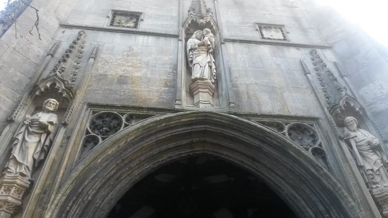 <p>figures in a cathedral norwich uk</p>